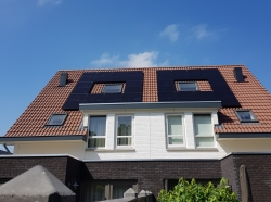 Steenwijk 10x Q cells mono black duo 310wp zonnepanelen bij bespaarpartner2